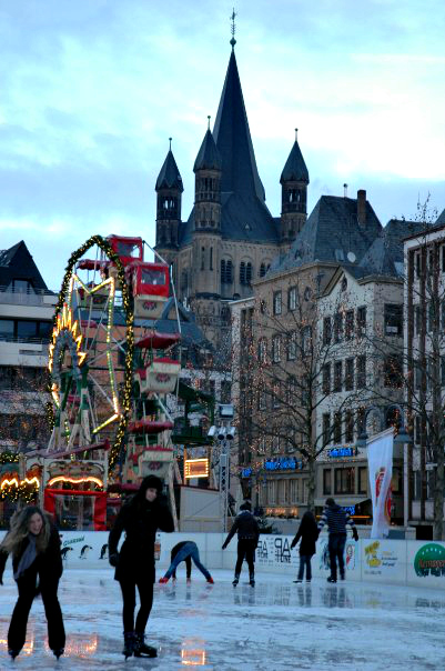 Germany Travel Inspiration - thinking of heading to the German Christmas Markets then check out my 10 handy tips before you head away on your christmas vacation! From what to pack, to where to go and what to eat - these travel tips for the Christmas Markets in Germany will help you out. Click the link to read all ten tips!