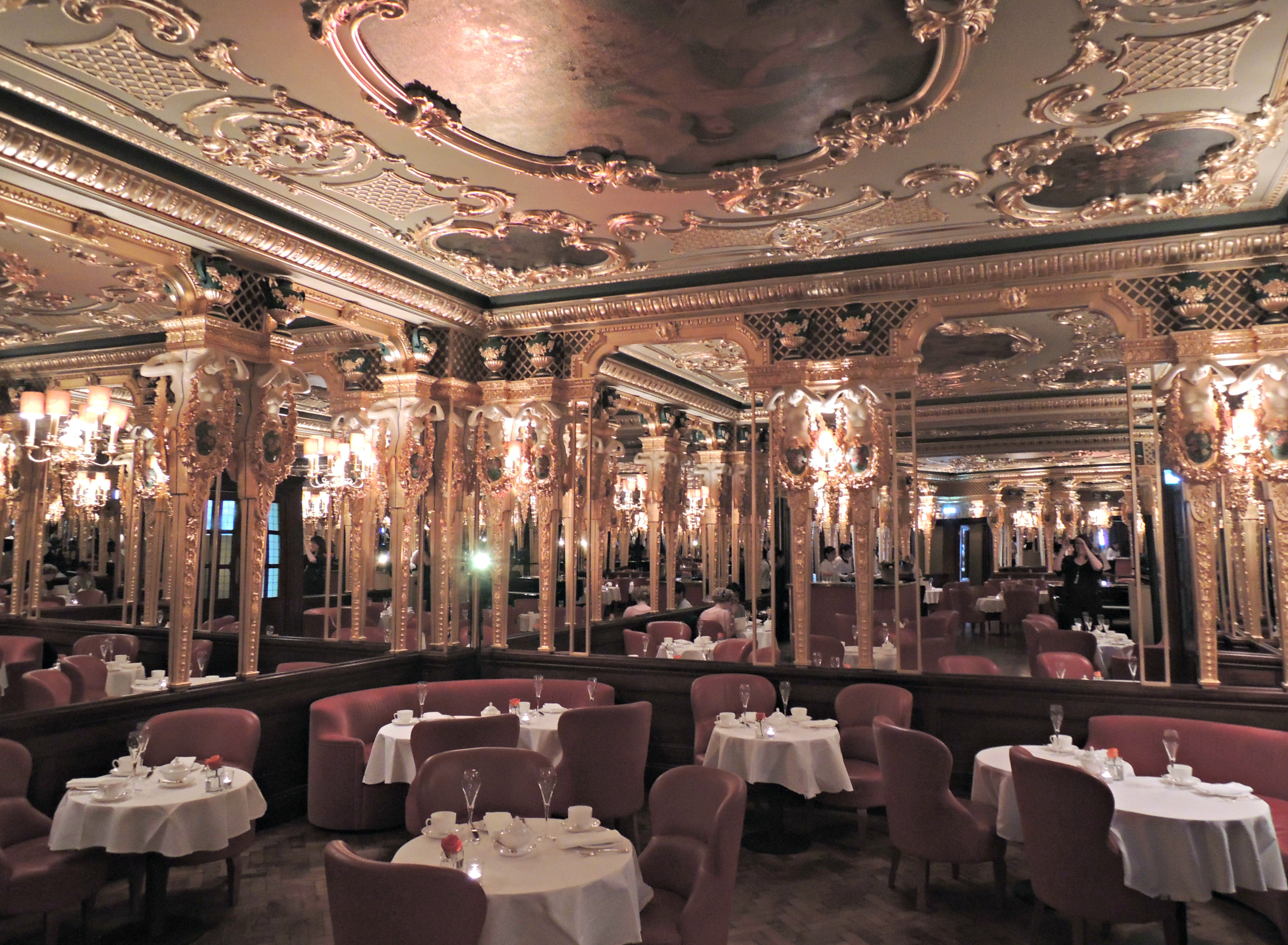 Afternoon tea at hotel cafe royal for Hotel royal
