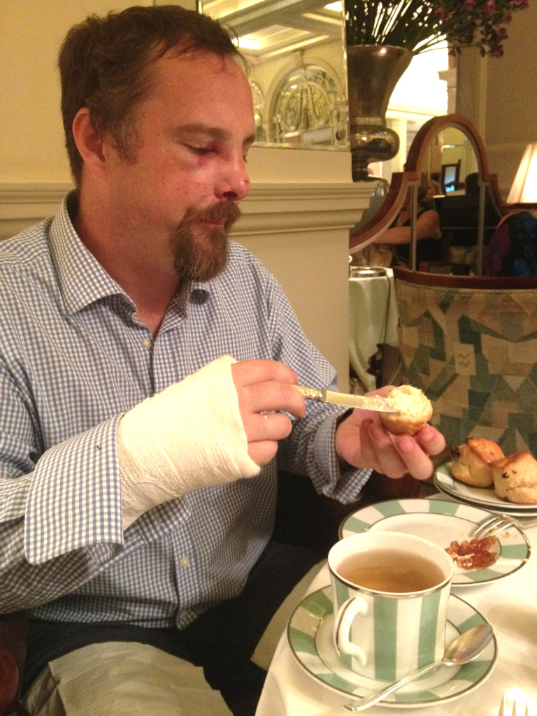 Travel-Link-Up-My-Favourite-Things-Afternoon-Tea-Claridges