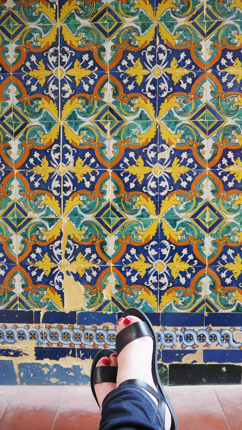 Spain Travel Inspiration - Love a good Shoefie moment when travelling well Seville won't disappoint...these are my Seville Shoefie Moments