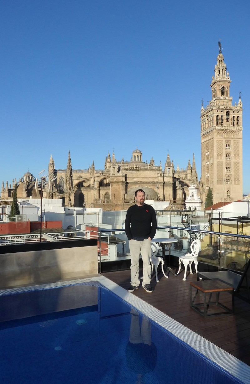 Spain Travel Inspiration - Thinking of visiting Seville on your next vacation to Europe then why not check out my hand travel guide to Seville which is perfect for a 3 night stay in this gorgeous Spanish city; home to beautiful ceramics and tiles which make the perfect souvenir. Click the link to read more Seville Travel Tips and why you should visit Seville.