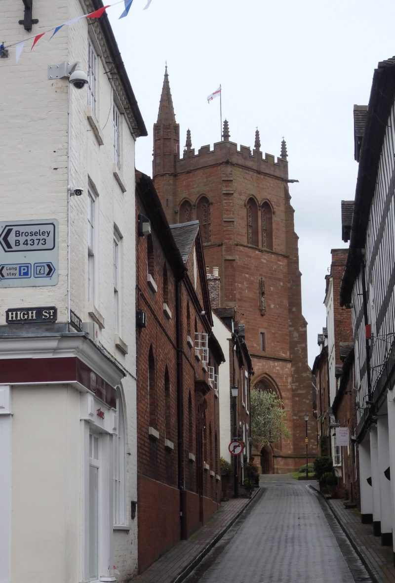 England Travel Inspiration - The perfect day trip exploring Bridgnorth in Shropshire, one of England's most beautiful counties and a real hidden gem. Bridgnorth is brimming with history and the view was declared by Charles I as the finest in all my kingdom. Click the link to read my Bridgnorth Travel Tips!