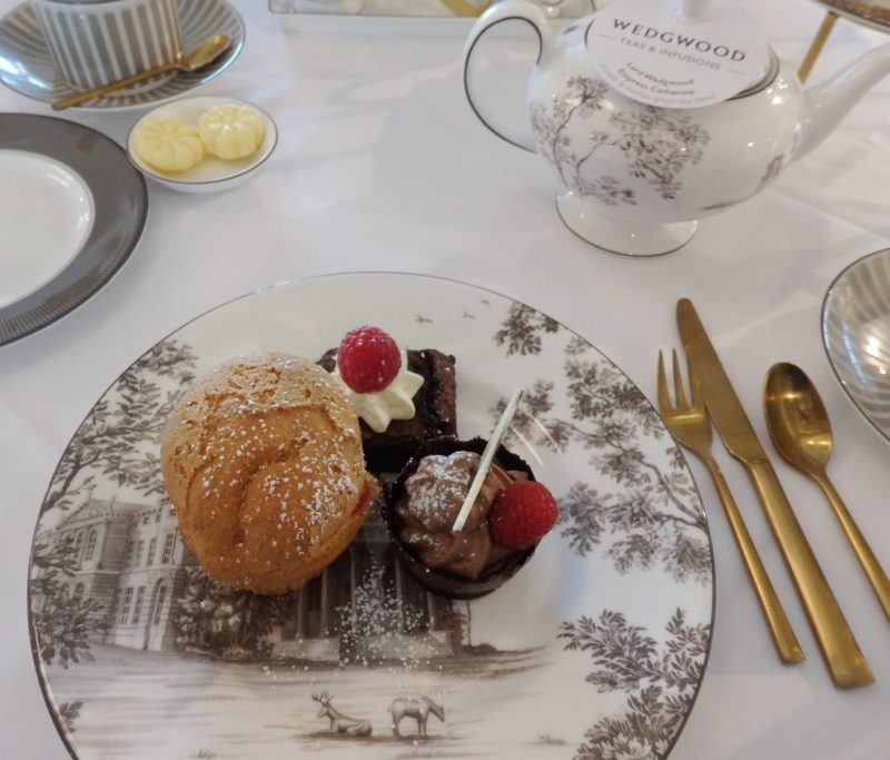 England Travel Inspiration - Thinking of heading to Staffordshire on your next vacation and wanting to eat a yummy afternoon tea. Why not read my review of the gluten free afternoon tea at World of Wedgwood Tea Rooms in Stoke on Trent, Staffordshire; the county is home to the potteries so make sure you pick up a tea cup and saucer on your travels...warning the images will make you drool!