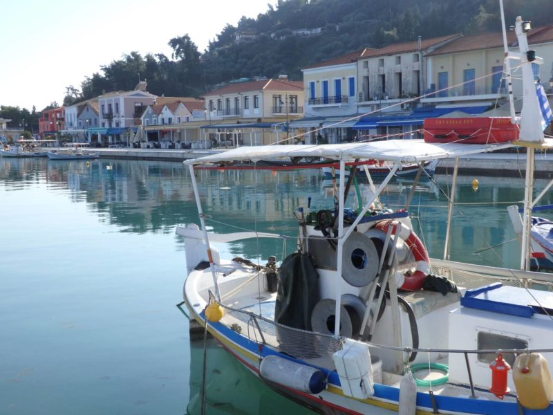 Greece Travel Inspiration - a visit to the sleepy port town of Katakolo in the Peloponnese, a perfect place to stop for the night when visiting Olympia which is nearby. If you need a hotel recommendation then I have the perfect answer on the blog and it has amazing views over Katakolo.