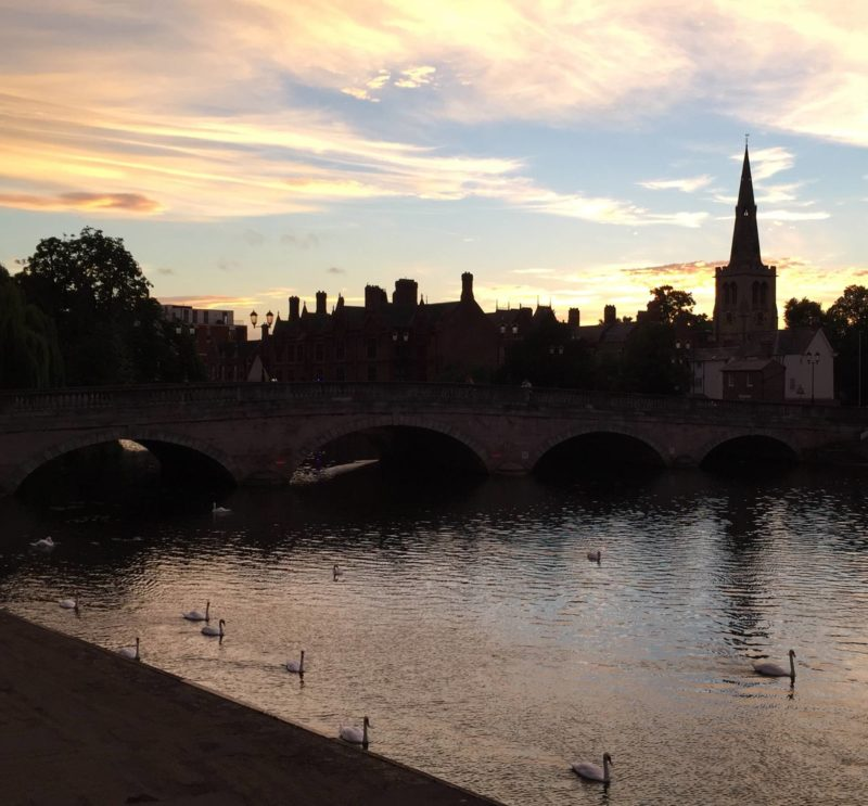 England Travel Inspiration - Bedford Town Centre, River and Swans