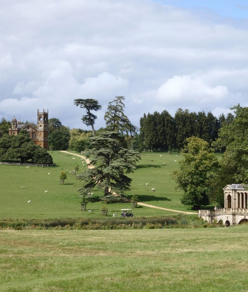 England Travel Inspiration - Picnic National Trust Stowe Park Gardens Buckinghamshire