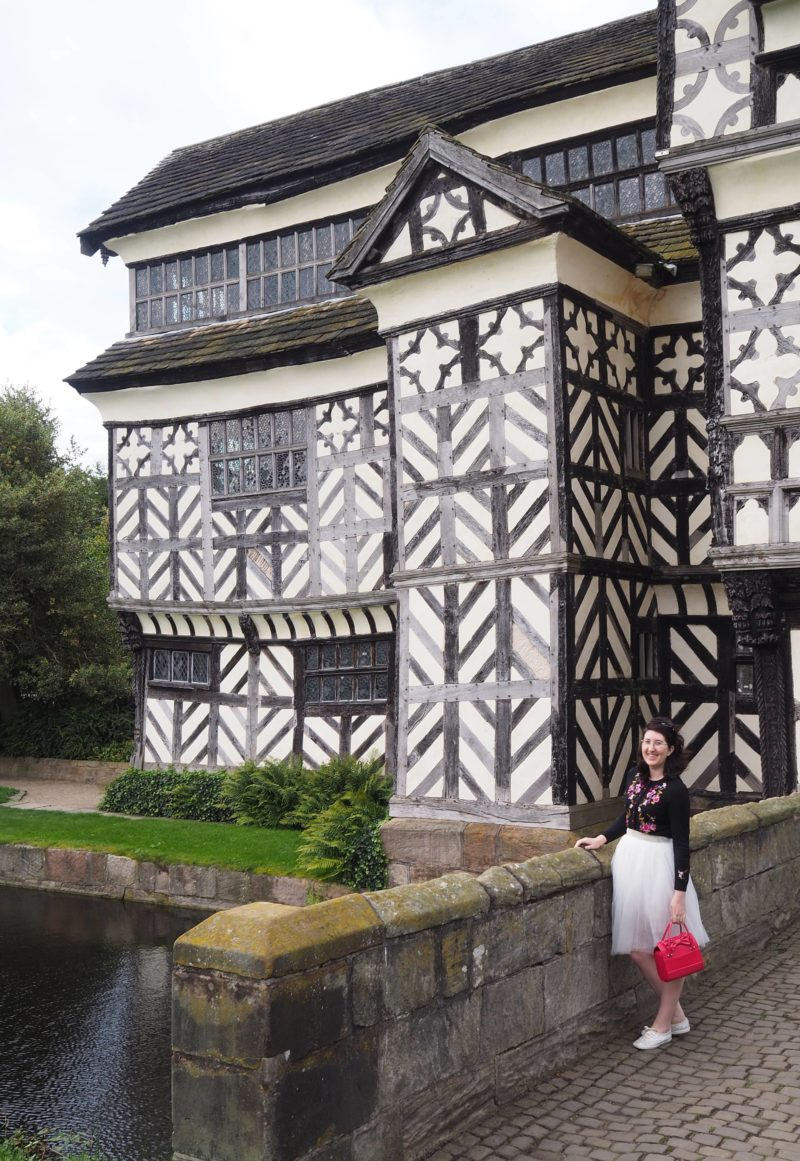 England Travel Inspiration - A Whistle Stop Tour of the National Trust Property Little Moreton Hall, Cheshire. If you love wobbly drunk buildings then this beautiful Tudor Manor House is going to tick all the boxes. Click the photo to see more photos and to read my travel tips.