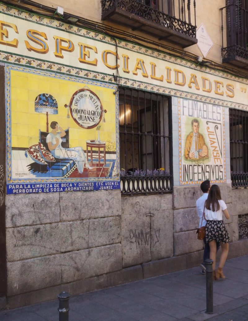 Spain Travel Inspiration - artwork on buildings in Madrid